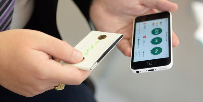 Crowdfunded Pocket Device Determines Risk for Stroke and Sudden Cardiac Arrest