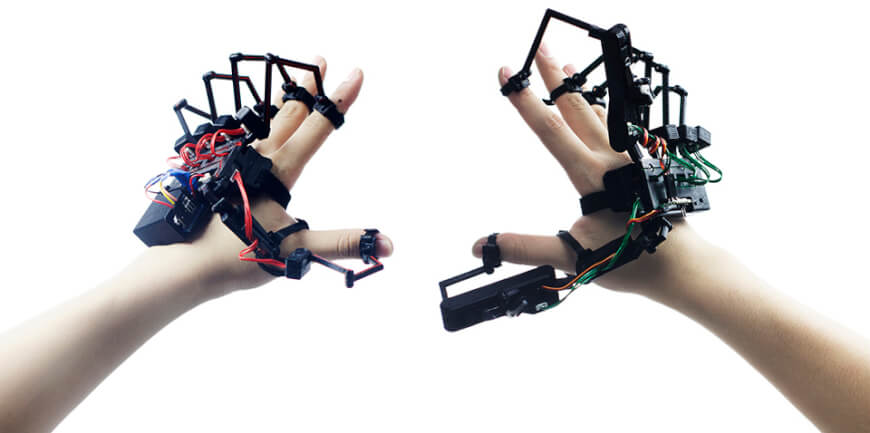 Virtual Reality Gloves - Overhyped Technologies