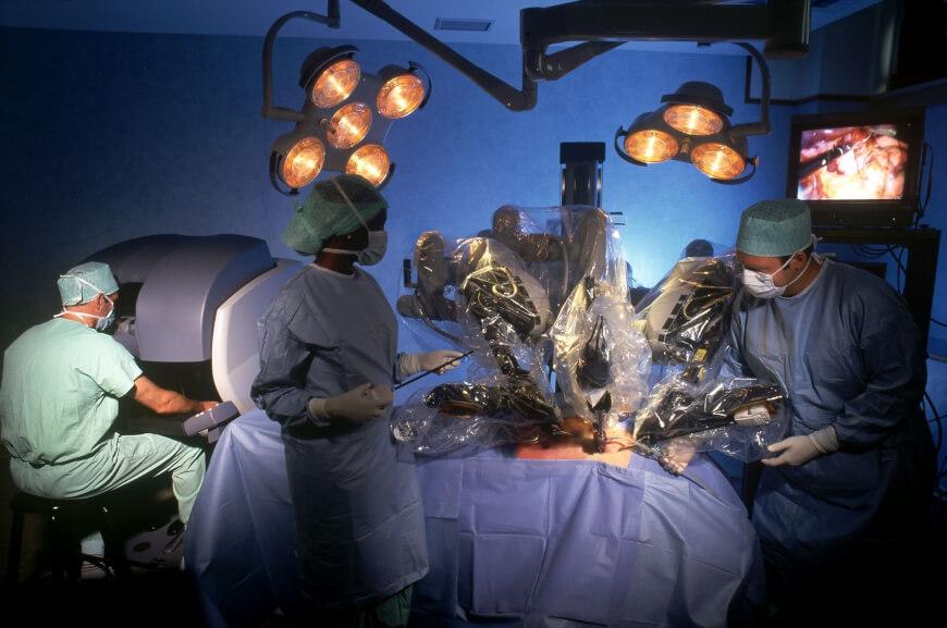 Da Vinci Surgical Robot - Scary Medical Technologies