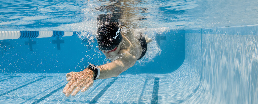 Fitbit Swimming Tracker >> The Top 8 Swimming Trackers The Medical Futurist