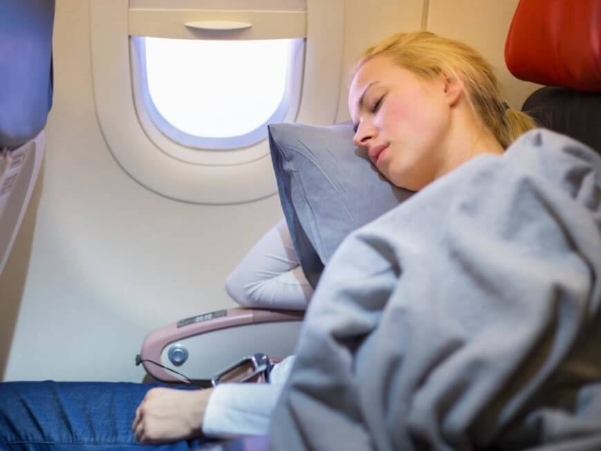 HOW TO Avoid Jet Lag With Technologies For Short Travels?
