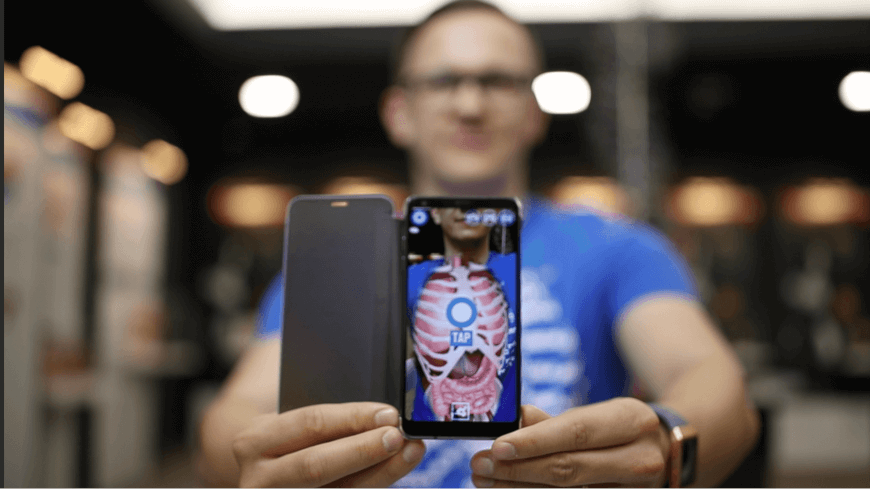 Futuristic, Forward-looking and Fun – The Curiscope Virtuali-tee Review